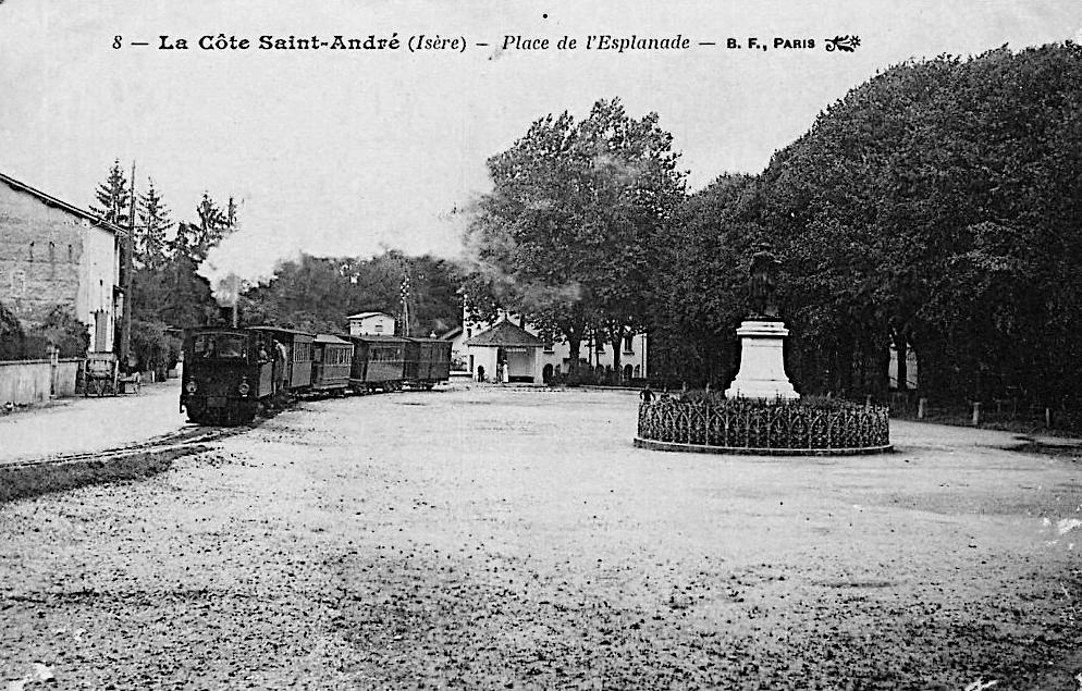 La Cote Saint-André - Place de l'Esplanade
